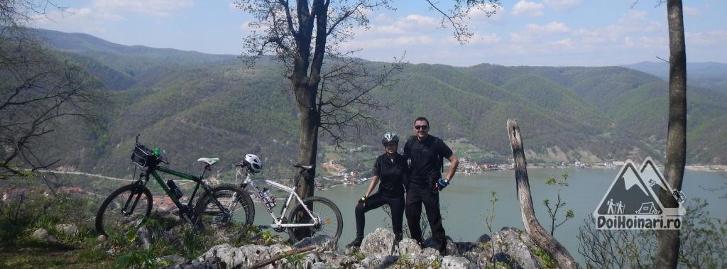 Belvedere spre Dubova, de pe platoul Ciucaru Mare