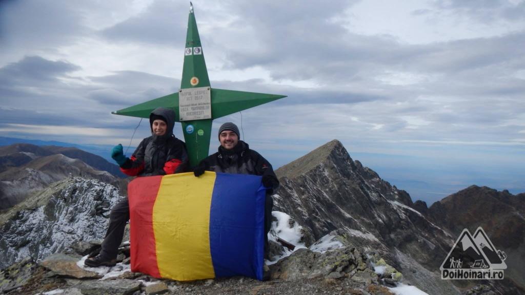 Vârful Lespezi (2517m)