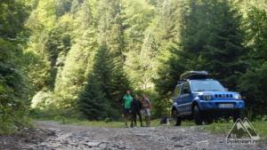 Start, drumul forestier spre Negoi