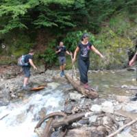 Prima trecere peste apa