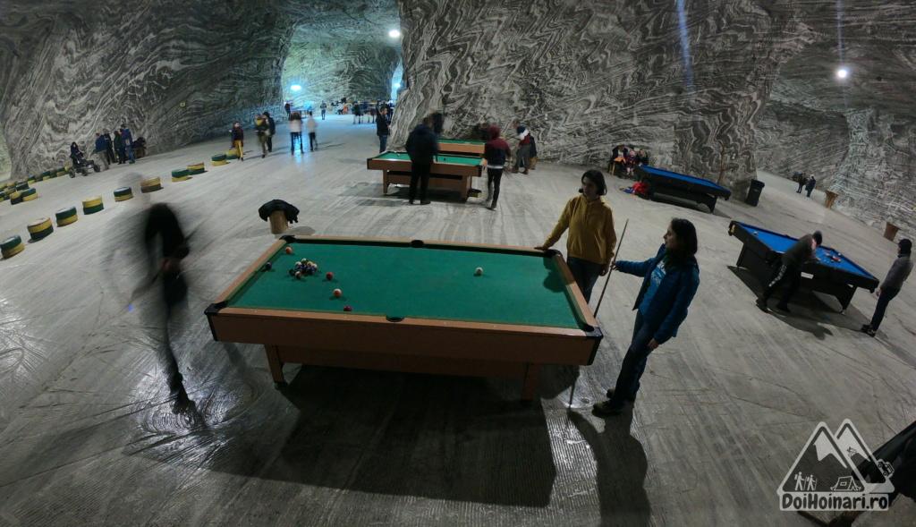 Biliard în subteran