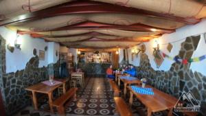 Cabana Cozia - sala de mese