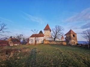 Biserica fortificată din Hosman